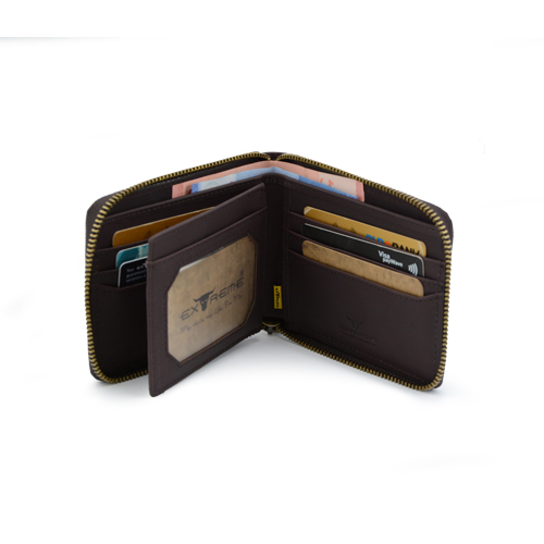 Men's Wallet with Zipper Closure